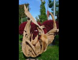 Findling 865 - Holzskulpturen