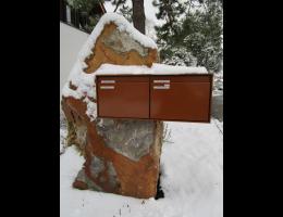 Findling 1130 - Briefkastenfindling