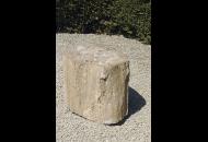 Findling 687 - Versteinertes Holz,Gestaltungsstein